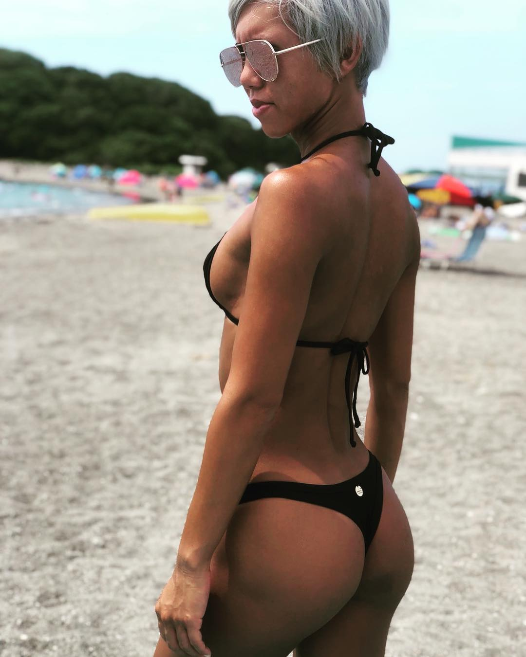 Bikini lb Miran at beach