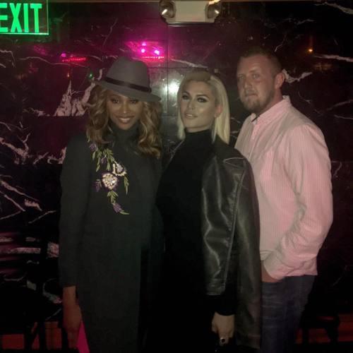 TS Domino Presley club pic
