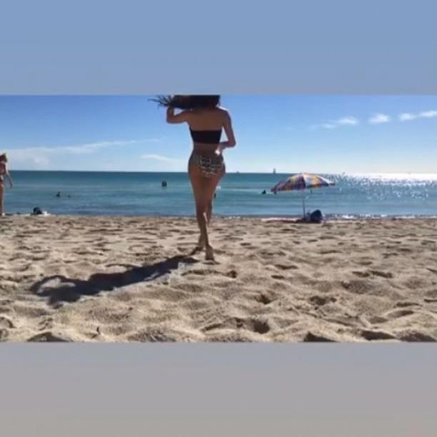 Mia Isabella bikini booty