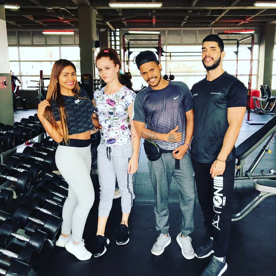 Nicolle Sexxx gym photo
