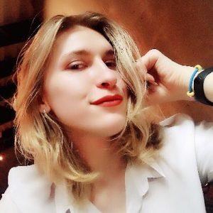 TS Clara Blitz new selfie