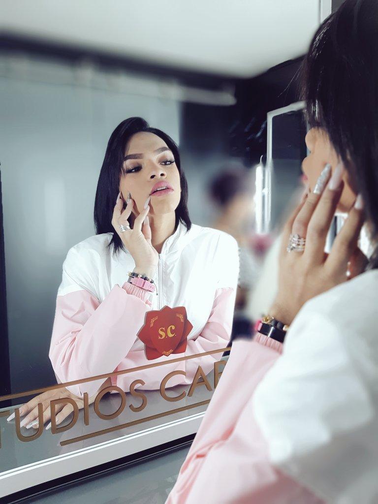 Mirror selfie with tgirl Gabriela Lopez