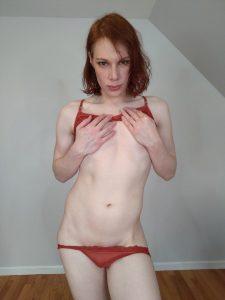 Redhead ts tease Libbey Harper